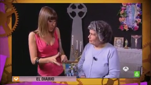 mujer trance humor risa video