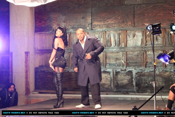 Katy-Perry-Timbaland-If-We-Ever-Meet-Again-Video-7