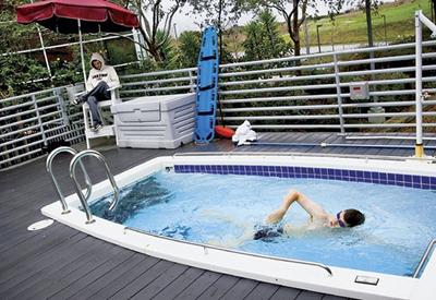 googleplesk-google-oficinas-piscina-pool