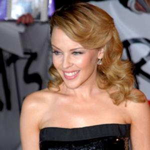 kylie minogue antes despues 2004