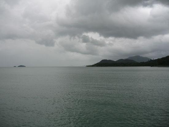 lluvia-mar-oceano-nublado-cloudy-ocean