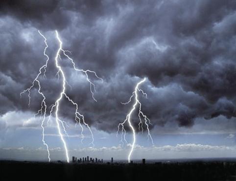 lluvia rayo cielo nublado lluvioso tormenta relampago