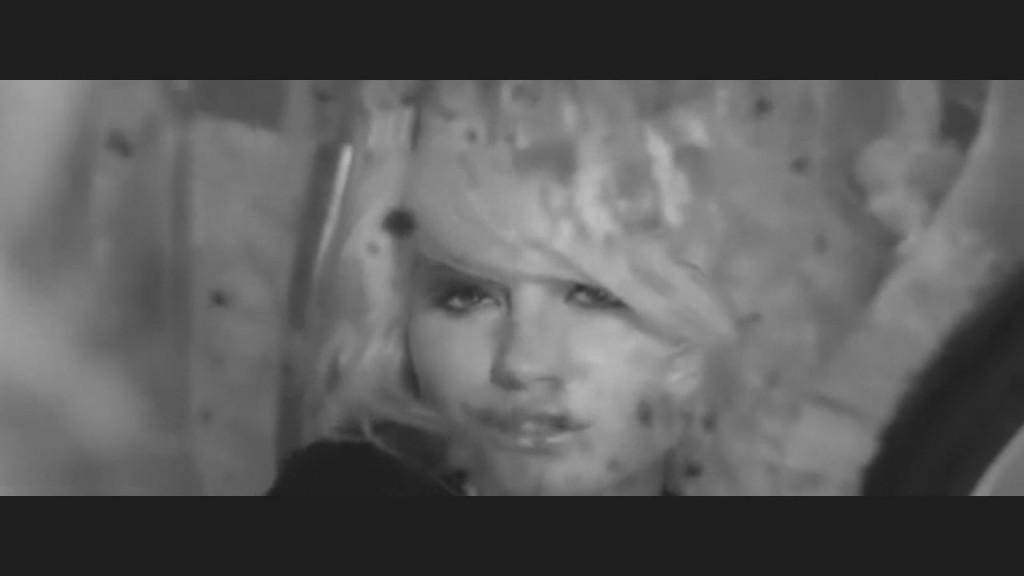 pixie-lott-cry-me-out-video-03