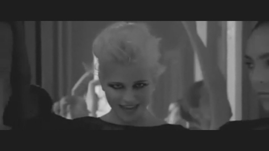 pixie-lott-cry-me-out-video-11
