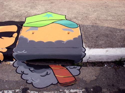 arte-alcantarilla-dibujos-suelo-arcen-calzada-underfeet2