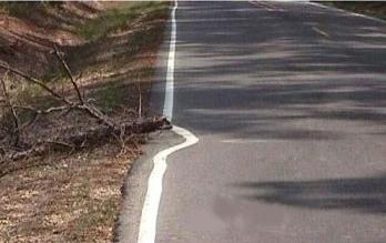 carretera-humor-pintar raya rama