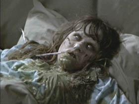 el-exorcista-cama-nina