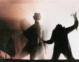 el-exorcista-exorcist-silhouette
