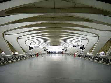 estacion francia calatrava lyon aeropuerto satolas