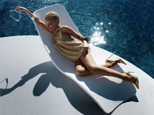 kylie-minogue-swim-suit