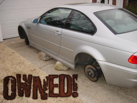 owned coche ruedas robadas sin