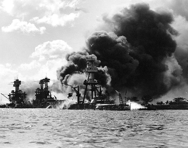 pearl-harbor_1941_uss_arizona