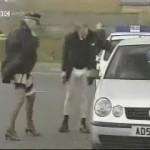 Los policías exhibicionistas