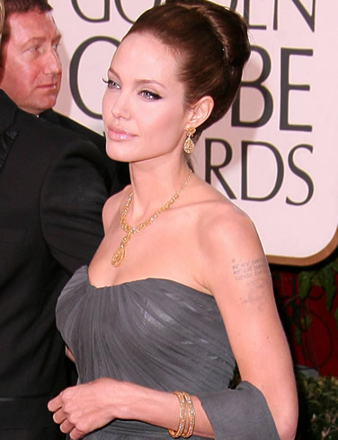 angelina-jolie-globe-awards