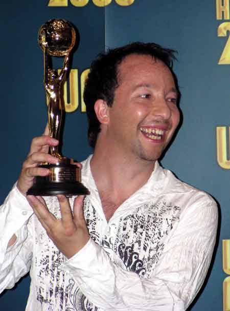 dj_bobo_ward_music-awards_2003