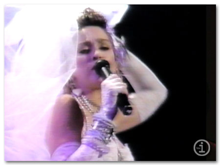 madonna-mtv-awards-1984