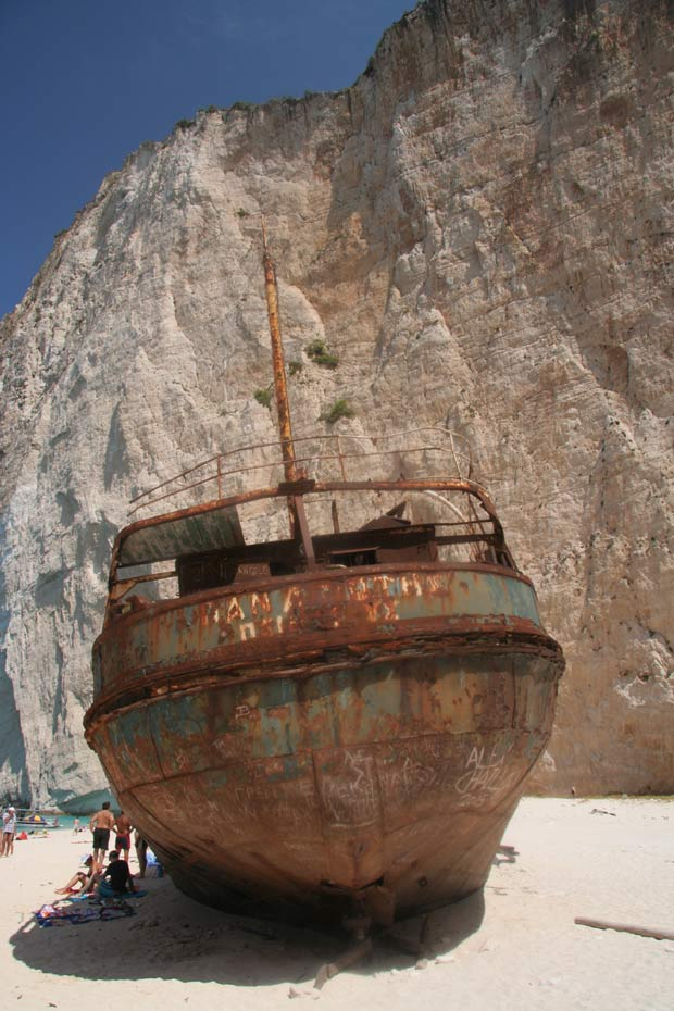 navagio-zante-playa-zakhyntos-grecia