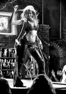 sin-city-jessica-alba-nancy-callahan-hartigan-baile-erotico-strip-tease.jpg