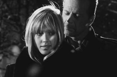 sin-city-jessica-alba-nancy-callahan-hartigan-bruce-willis-72.jpg