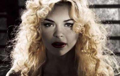sin-city-mickey-jaime-king-goldie-sexy.jpg
