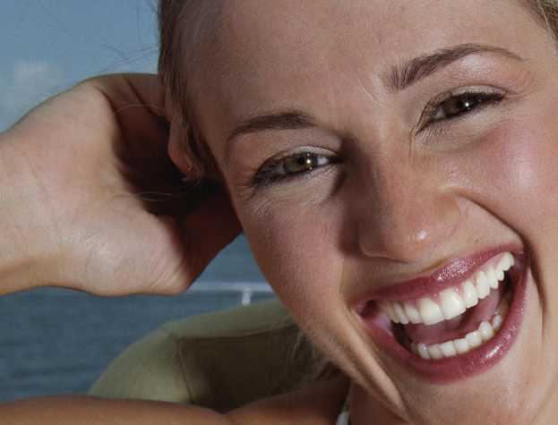 sonrisa-reirse-reir-salud