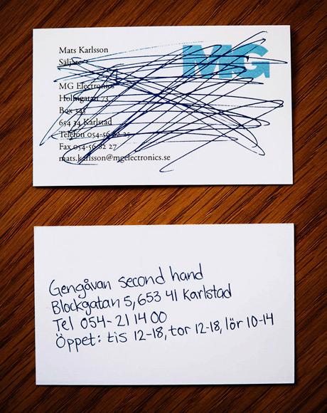 tarjetas-de-presentacion-rayada-electronica