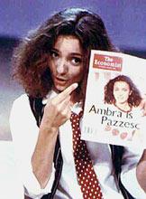 ambra-cantante-90s