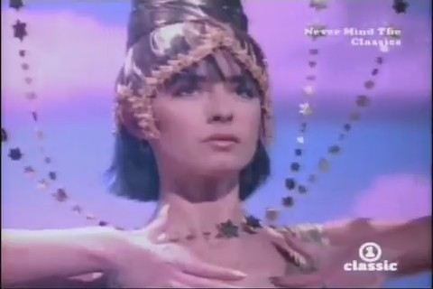 bananarama-venus-video-04