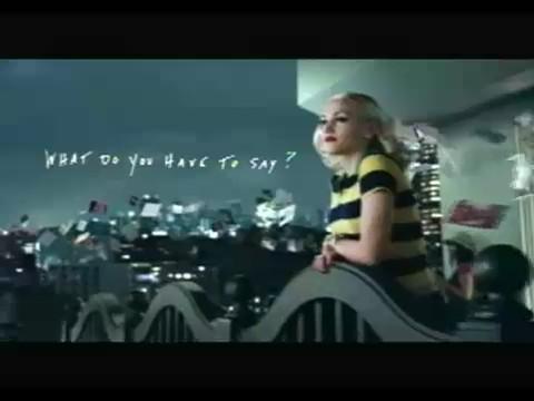 gwen-stefani-hp-anuncio-television-advert-terraza-ceiling