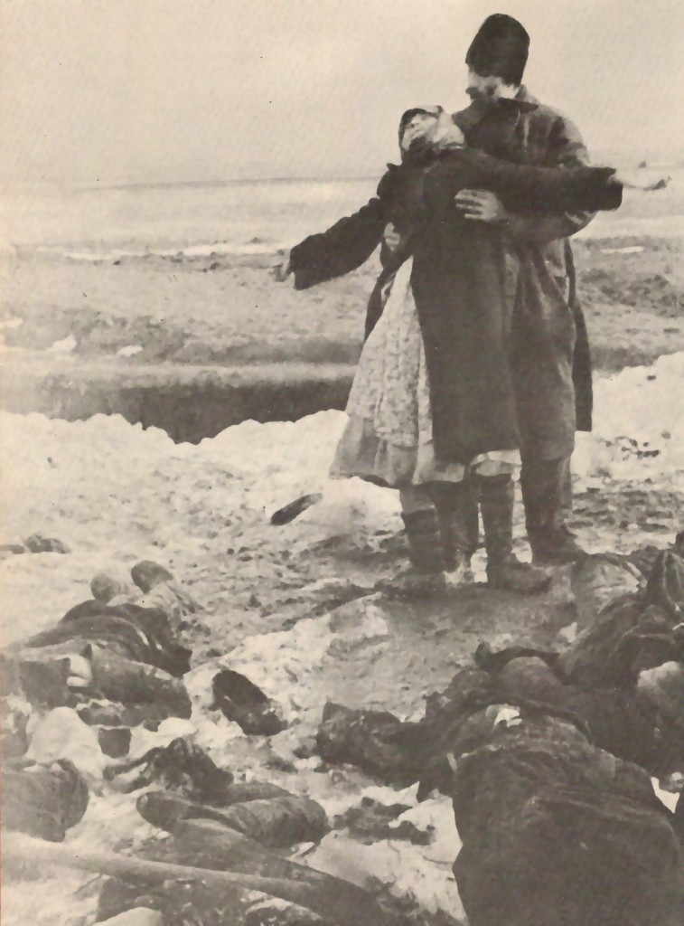 mujer llora hijo muerto ucrania kerch-1942