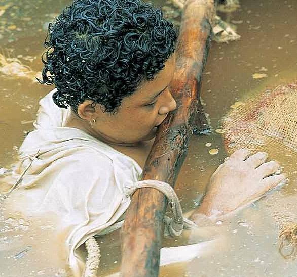 omayra sanchez agua