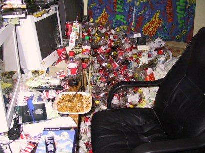 ordenador_basura suciedad mierda escritorio