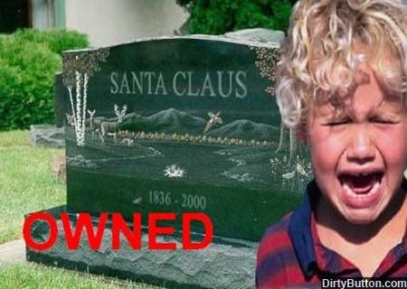 owned-santa-claus muerto