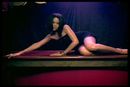 rihanna-guapa-sexy-dont_stop_the_music