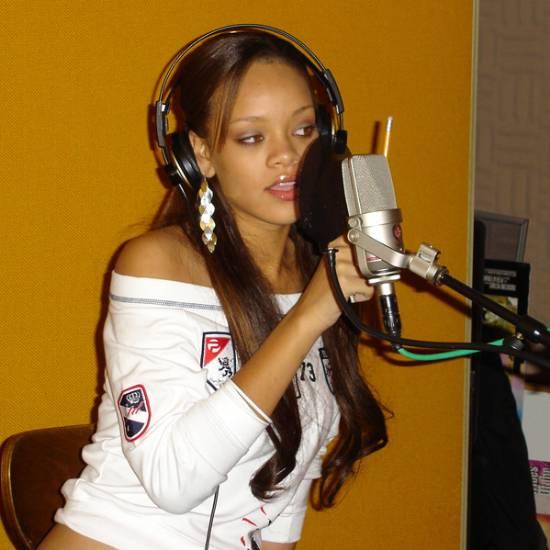 rihanna-guapa-sexy-radio