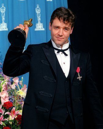 russel-crowe-academy_awards_2001