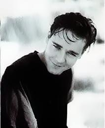 russell crowe joven