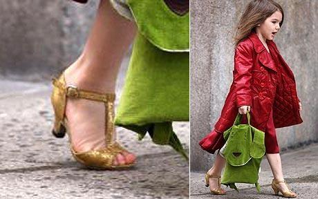 suri-katie-holmes-zapatos