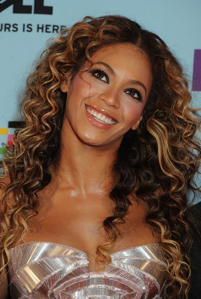 African Curly hairstyle Beyonce 2010