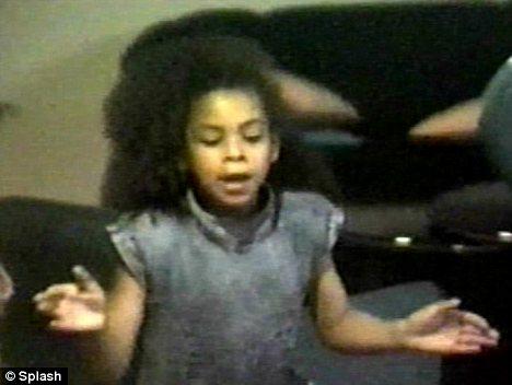 beyonce nina joven young cantando