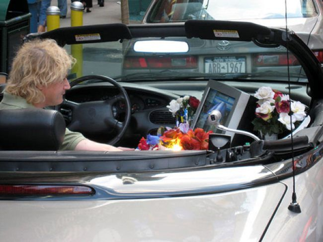 trabajo-imagenes-humor-coche-oficina