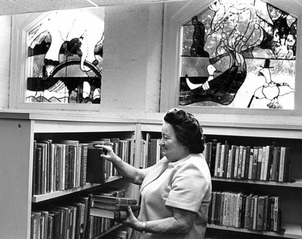 Willard biblioteca library Margaret Maier
