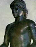 apolo-febo-mitologia-griega-estatua-negra