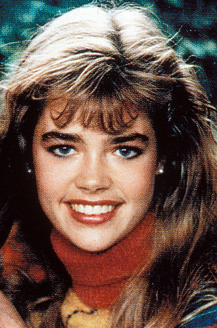 denise-richards-1989-joven