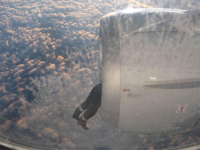 imagenes-risa-avion-motor-hombre