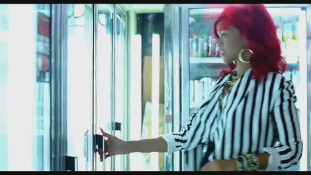 rihanna-whats-my-name-video