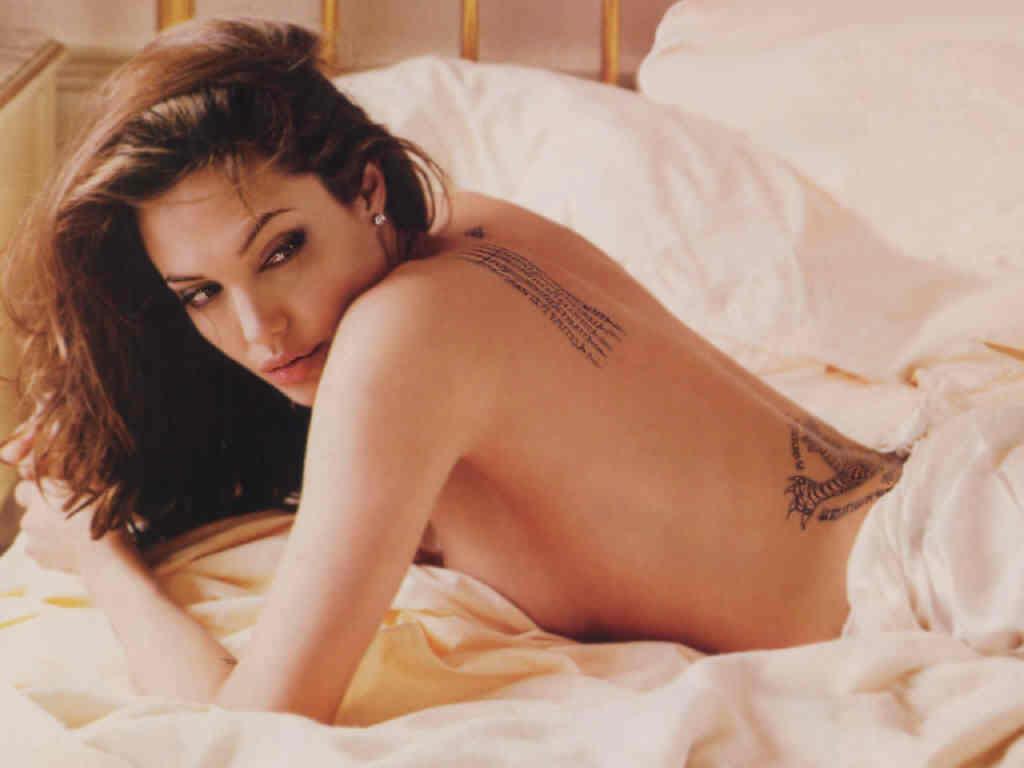 angelina-jolie-sexy-ganadora-entertainment-weekly