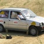 apretadas mujeres caben coche