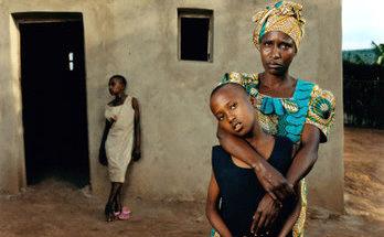 joseline-ingabire-con-su-hija-leah-batamuliza-ruanda-torgovnik