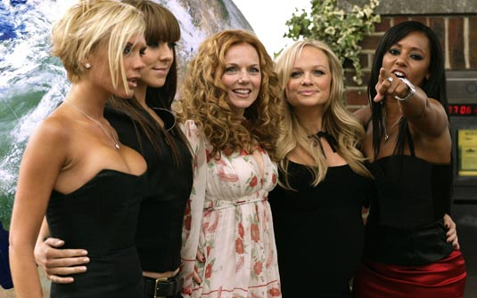 spice-girls-headlines-greatest-hits-juntas-together
